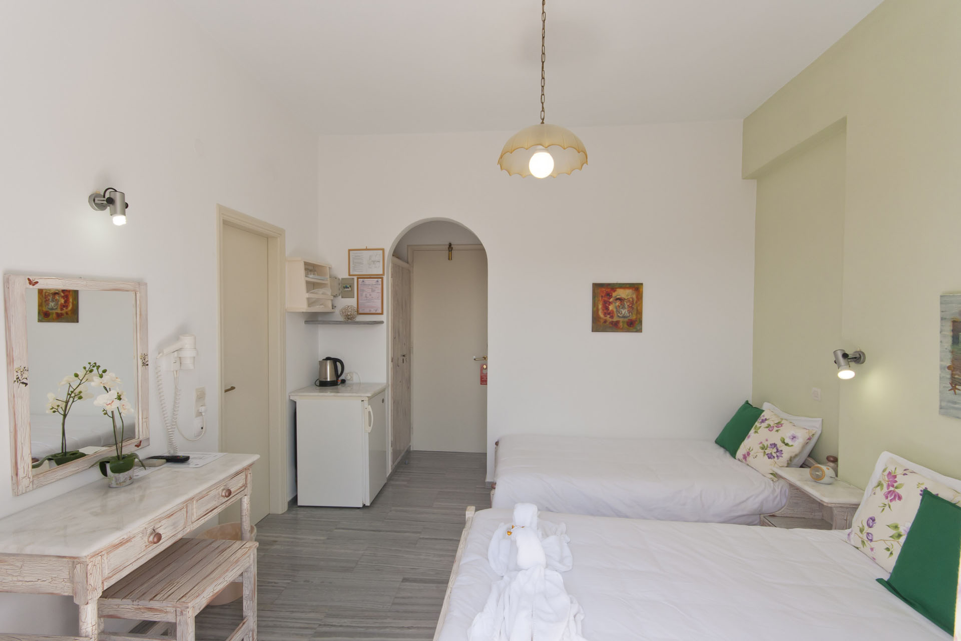 Pension-sofia-triple-room-interior